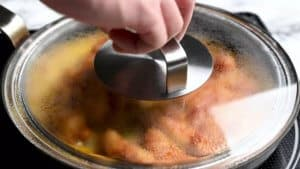 steam the egg for 1 minute