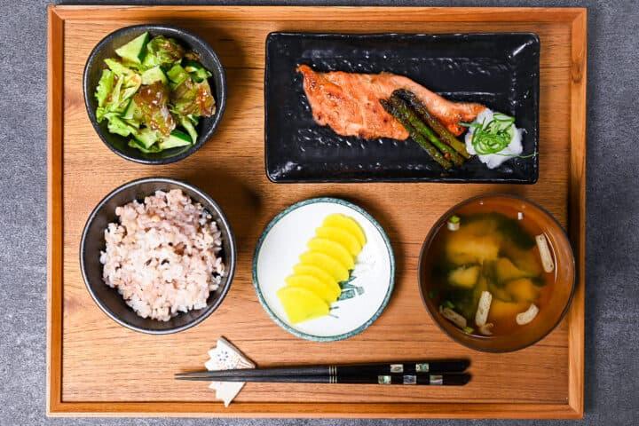 Miso salmon teishoku set served on a wooden tray
