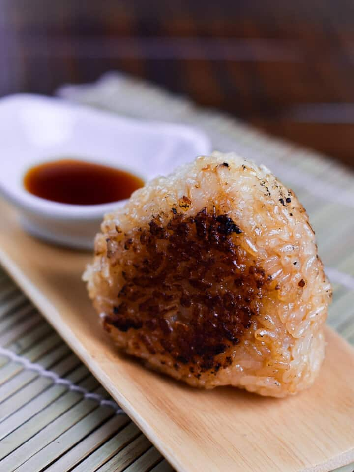 Yaki onigiri rice ball