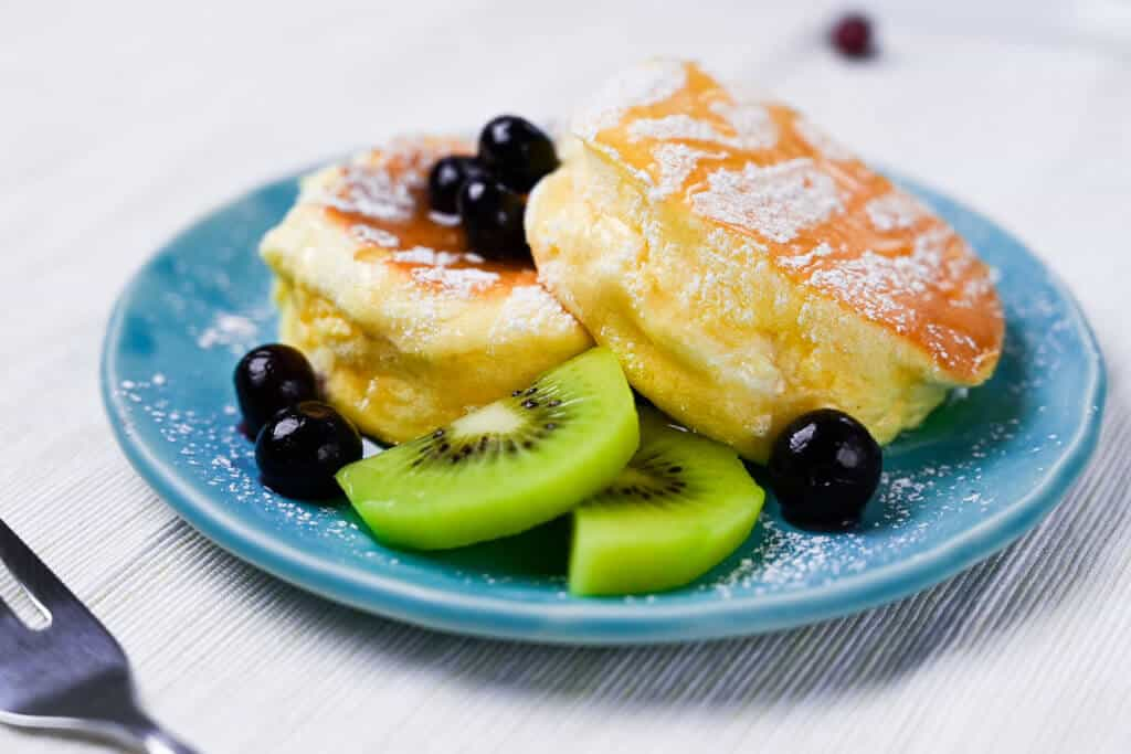 Fluffy Japanese Soufflé Pancakes sideview