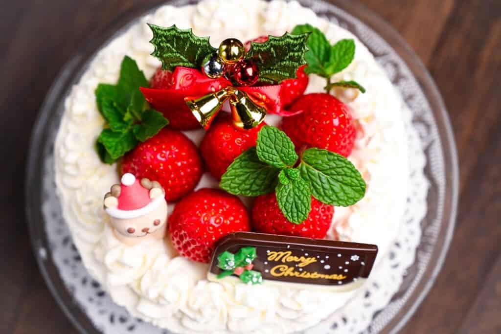 Japanese Christmas Cake Strawberry Shortcake top down view