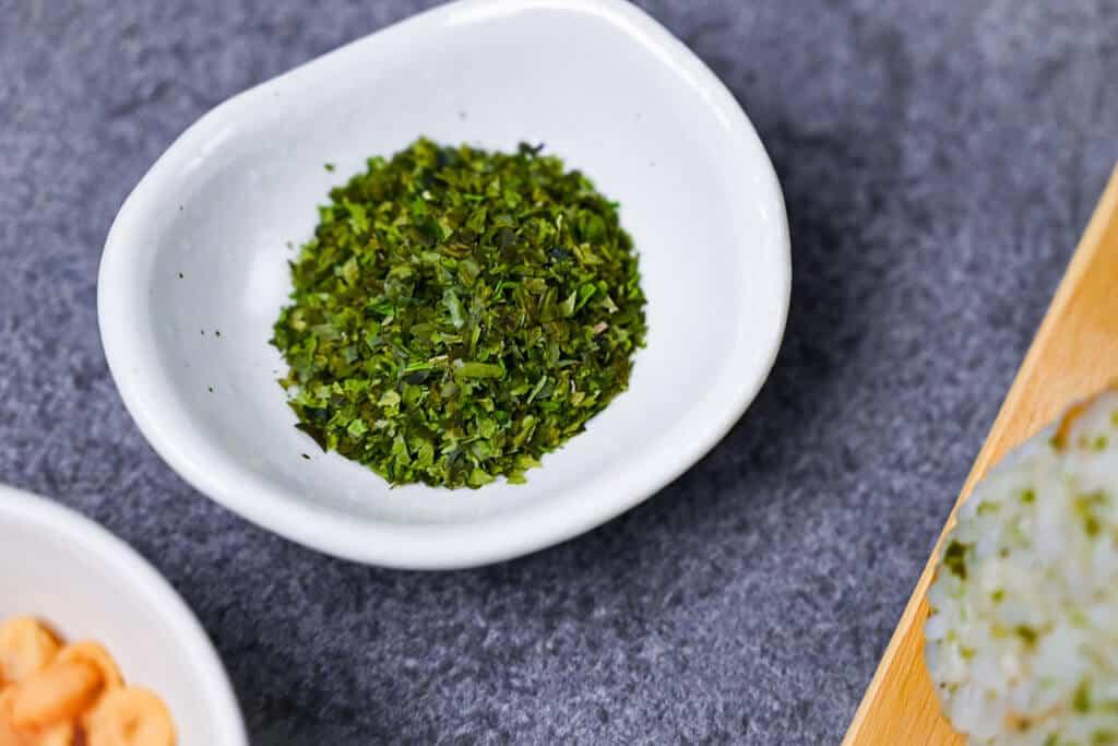 small bowl of aonori