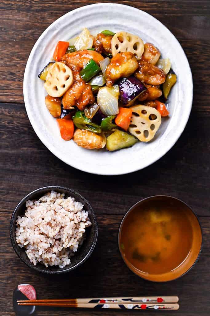 Kurozuan Sweet and Sour Chicken as a teishoku style set