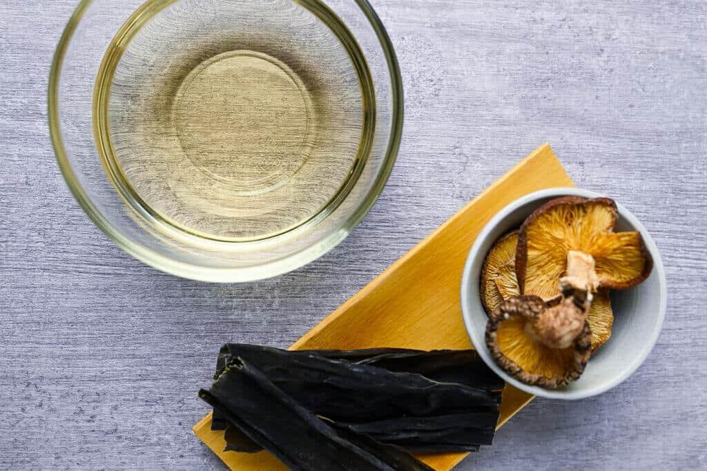 shiitake and kombu dashi