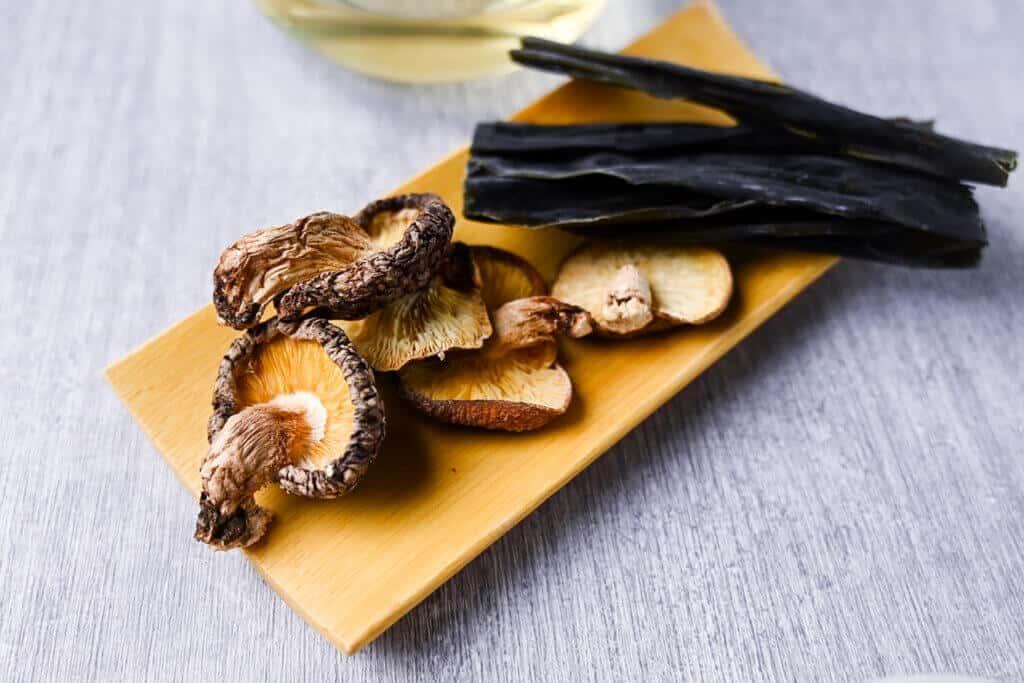 dried shiitake and dried kelp
