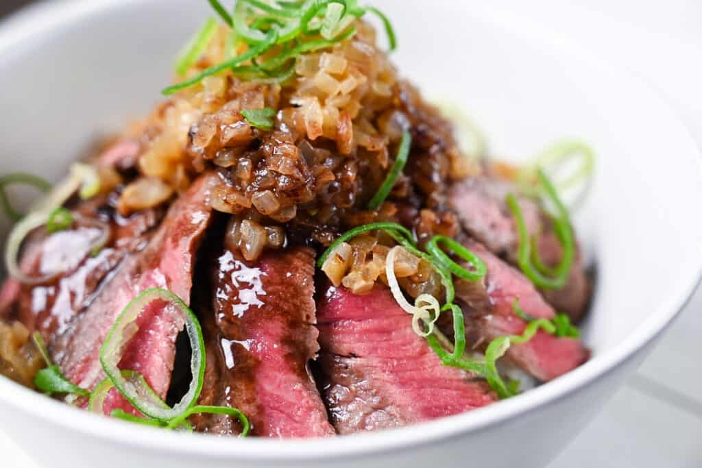 Chaliapin Steak Don topped with onions and red wine sauce (recipe)